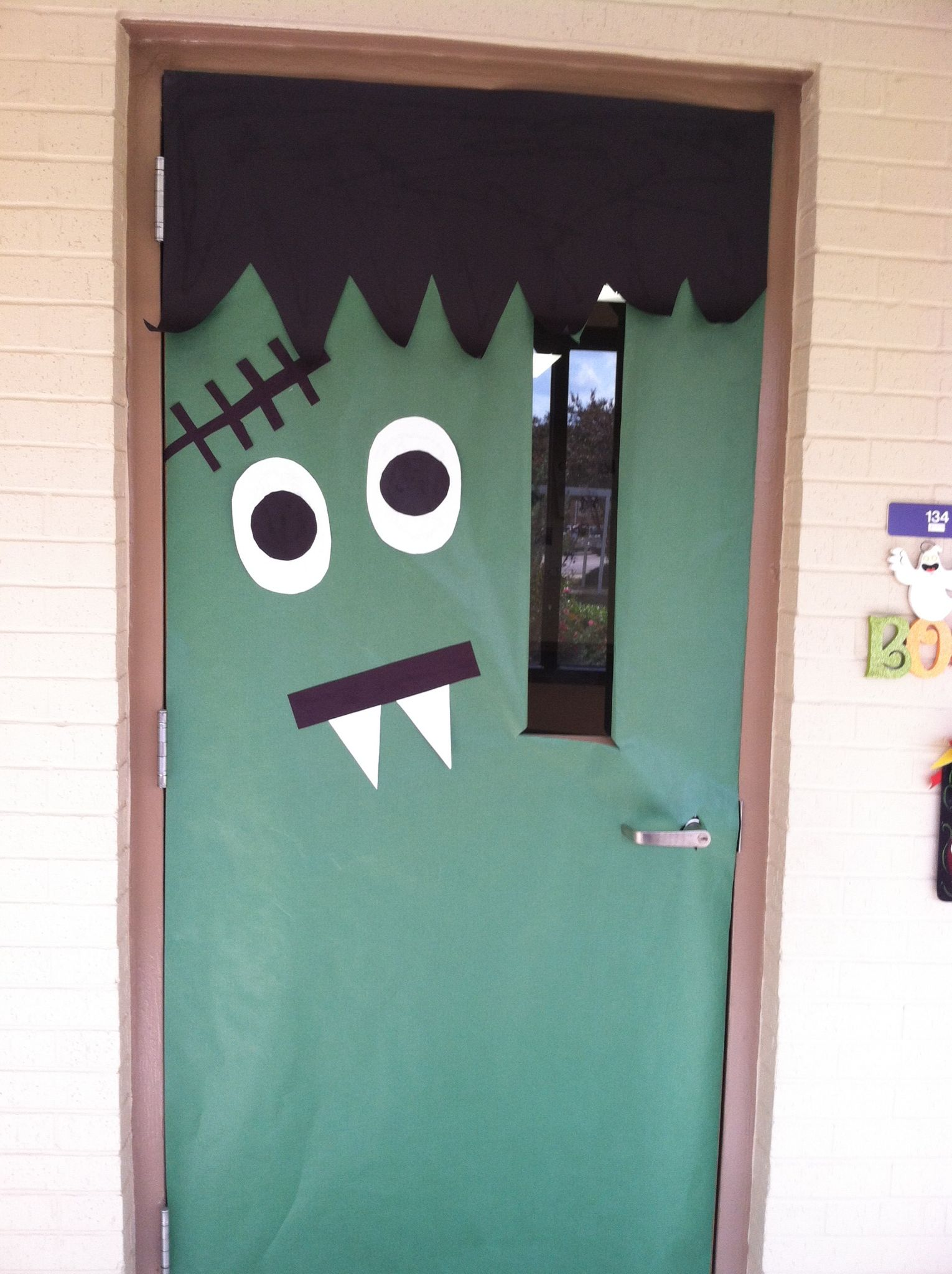 Frankenstein. Cover door in green. Two triangles attached to black rectangle for mouth. & Frankenstein. Cover door in green. Two triangles attached to black ... pezcame.com