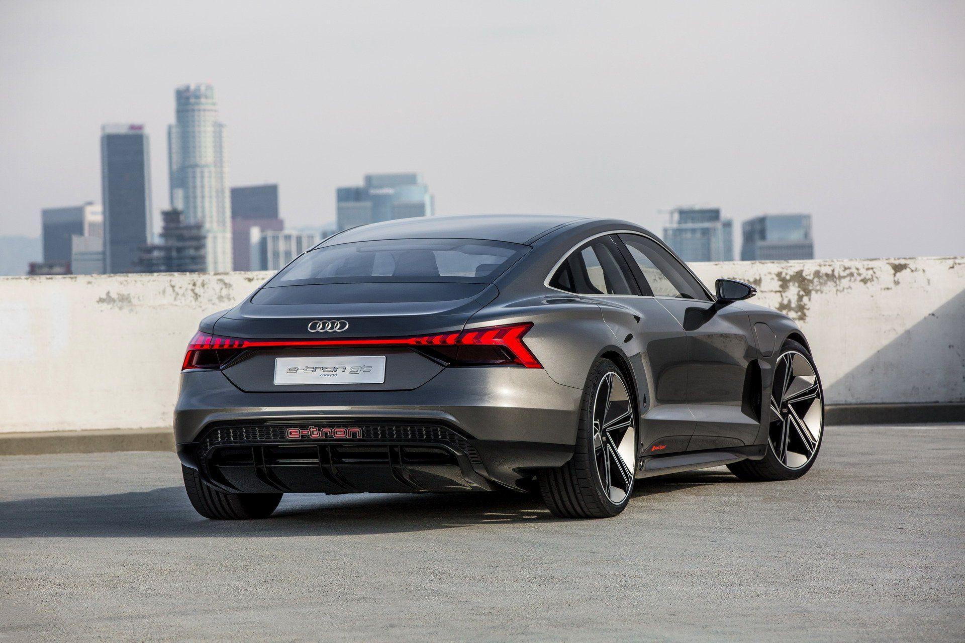Audi E Tron Gt Is An Electrifying Super Sedan That S Coming In 2020 Carscoops Audi E Tron Porsche Taycan E Tron