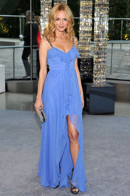 Does she not age?! Heather Graham looked fabulous in a pastel gown.