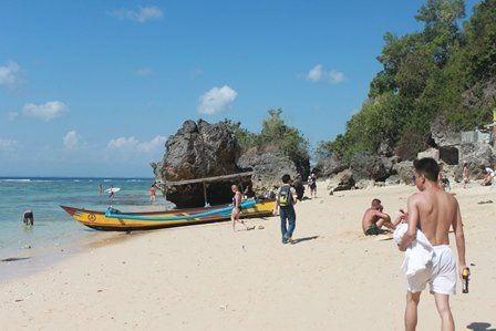 tour pantai padang bali