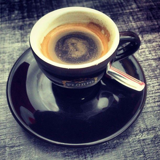 Un café en terrasse à la fraîche