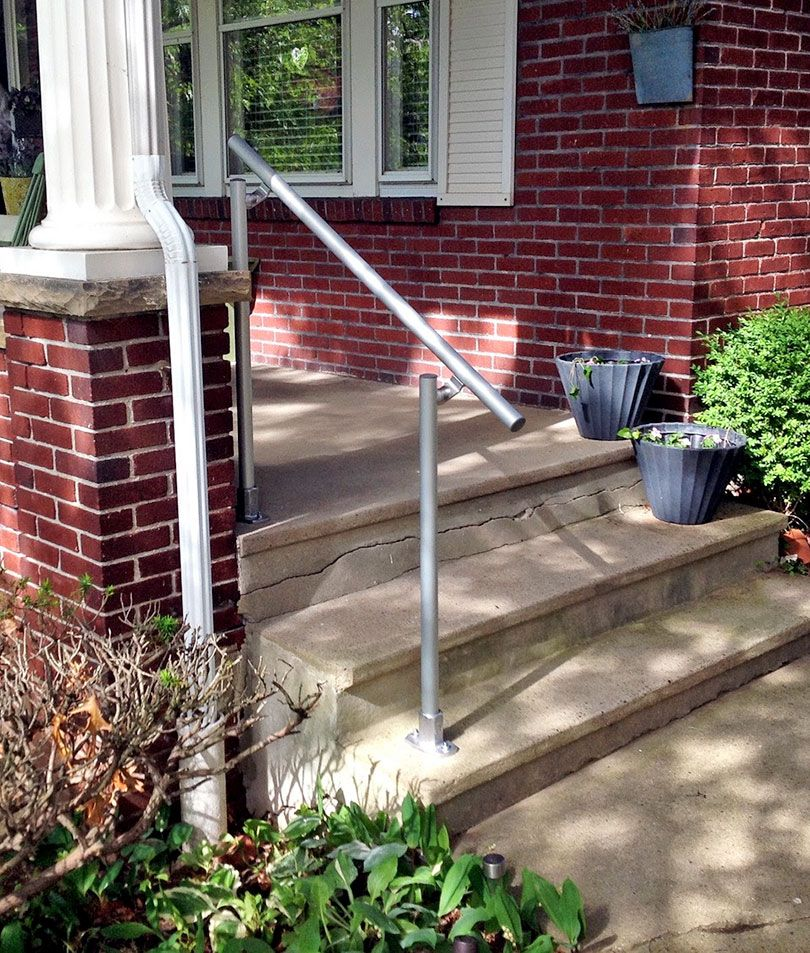 Best 13 Outdoor Stair Railing Ideas That You Can Build 640 x 480