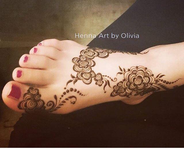 Mehndi Tattoo Designs For Legs : Henna feet mehndi design hennas and