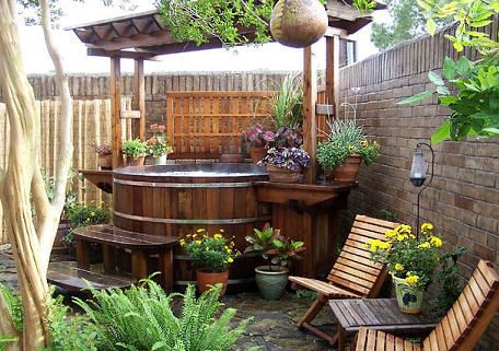 Tina ba eras y ba os pinterest ba o sauna tinas for Cobertizo de madera de jardin contemporaneo