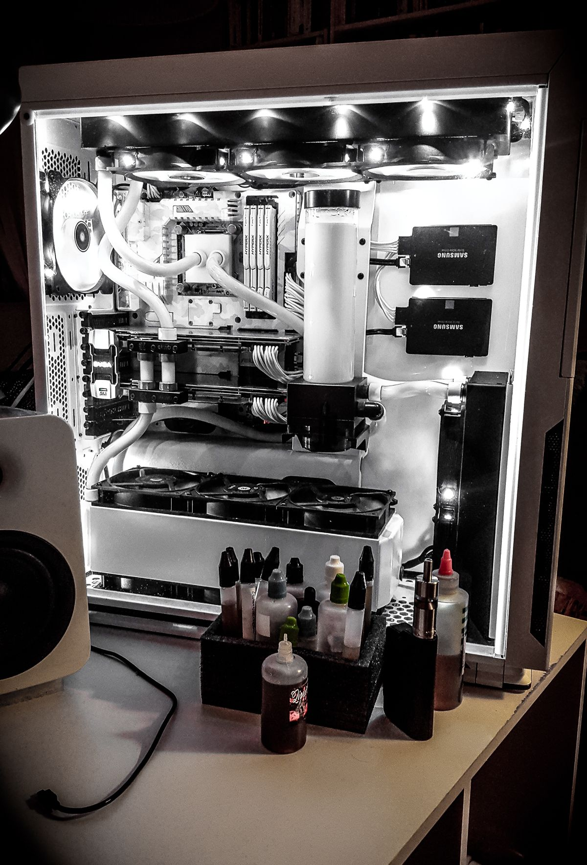 White in 2019 | Water cooling builds | Computer setup, Computer