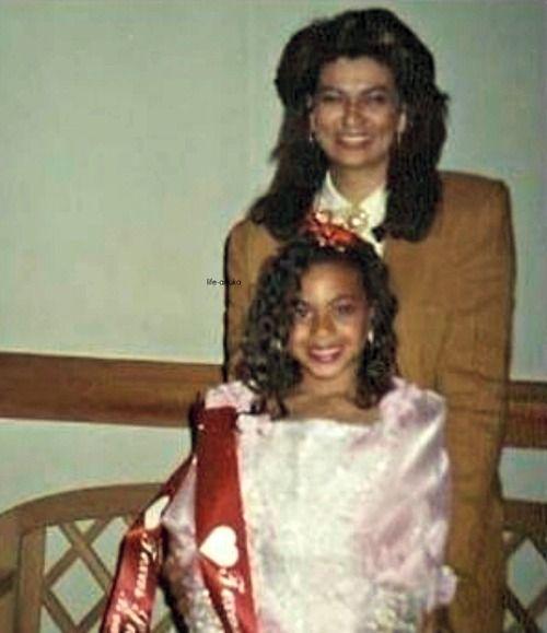 Celebrity Beauty: Beyonce & Miss Tina | Beyonce family, Beyonce, Beyoncé giselle knowles
