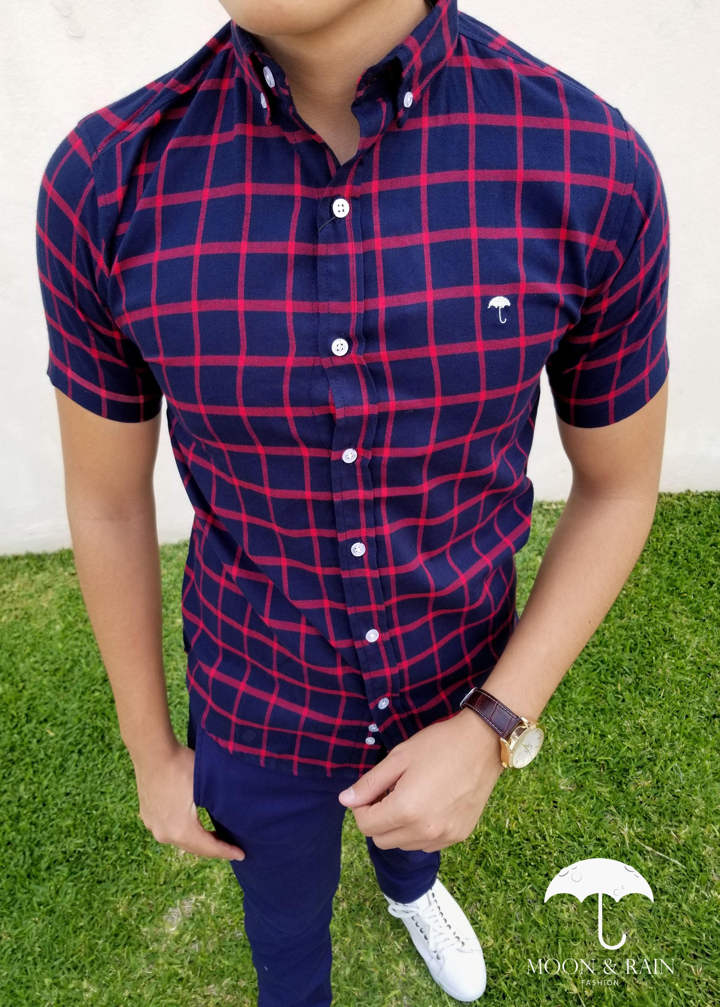1b5b61ea44755 Ropa para hombre ideal para una ocasión casual y o formal  Camisa Manga  Corta Cuadros Marino- Rojo y Pantalón de Vestir de la marca Moon   Rain