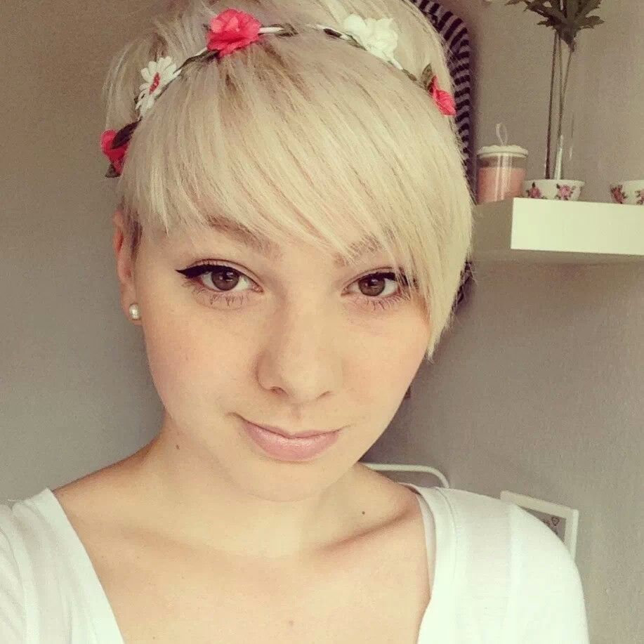 Boy cut hairstyle for girl pixie with head band  pixies cut  pinterest  head bands pixies