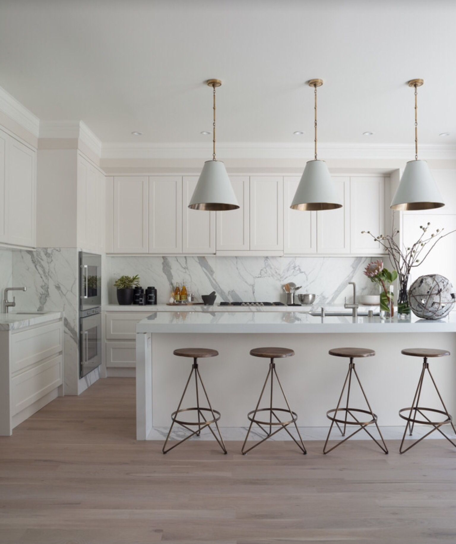 Staging Kitchen Counters: CALCUTTA AND CARRARA KITCHENS