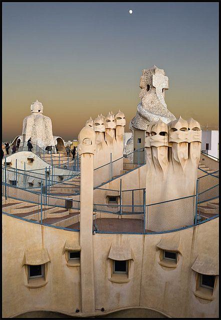 La Pedrera 2 Barcelona La Obra De Gaudí Foto 11 Gaudi