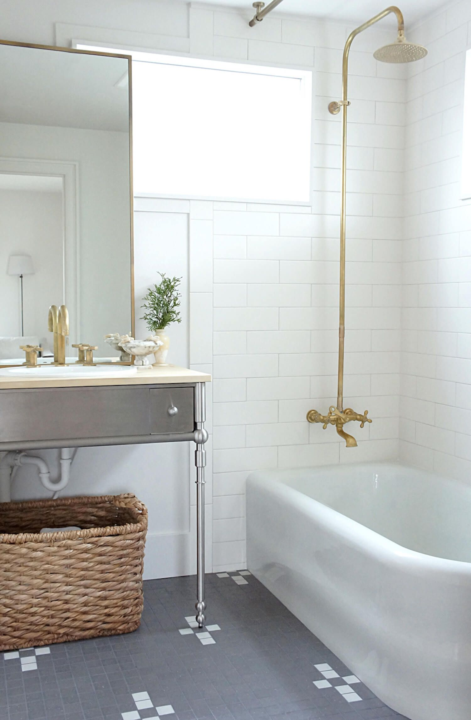 This Tile Trick Is a Game-Changer for Budget Bathrooms | New House ...