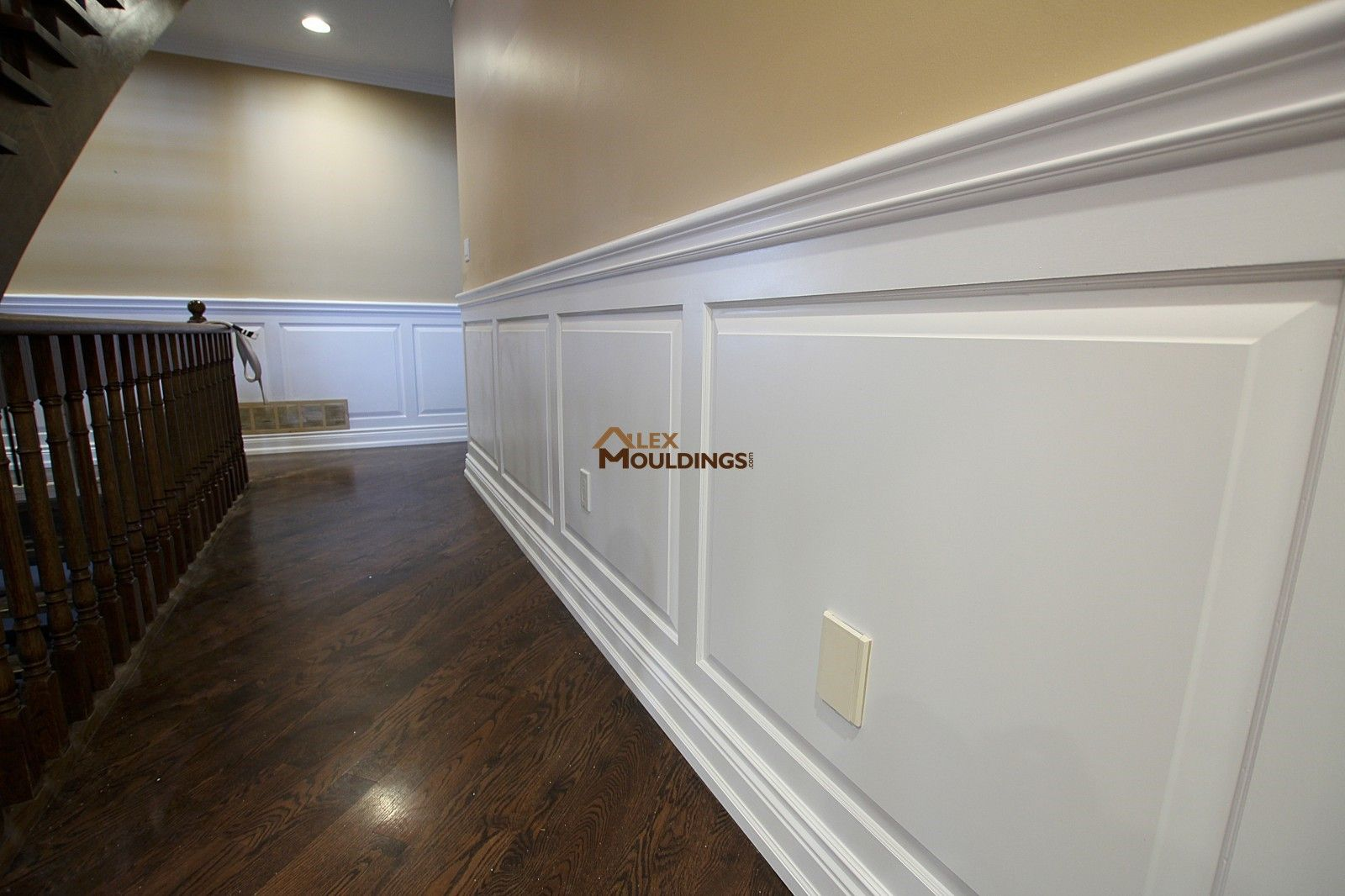 The White Wainscoting Panels Complement The Corridors Of This Upper Roof And Add The Necessary Wall Deco Faux Wainscoting Wainscoting Panels Wainscoting Styles