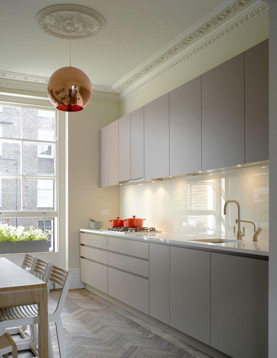 Roundhouse bespoke Urbo kitchen in a galley layout Kitchen