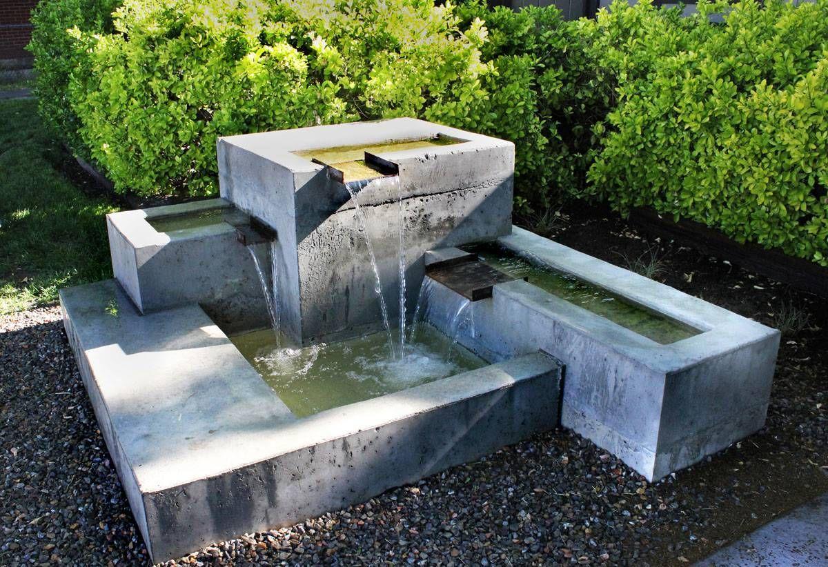 Garden And Lawn Concrete Garden Water Fountains 400 x 300