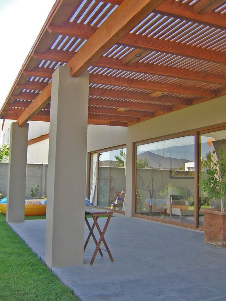 Luces bajo techo de madera dream home pinterest pergolas patios and decking - Techos de terrazas ...