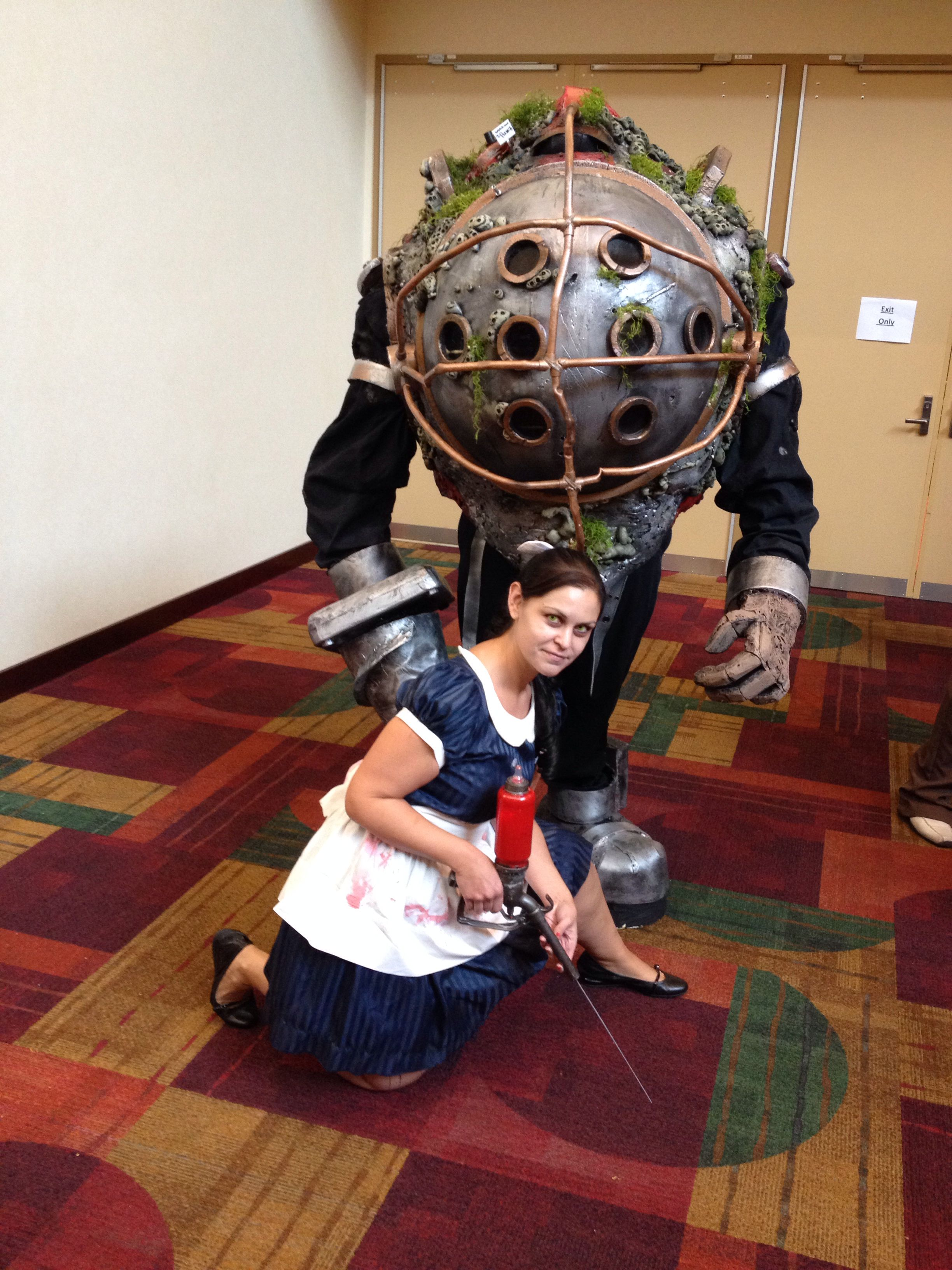 Little Sister And Big Daddy Bioshock Cosplay Gencon 2014