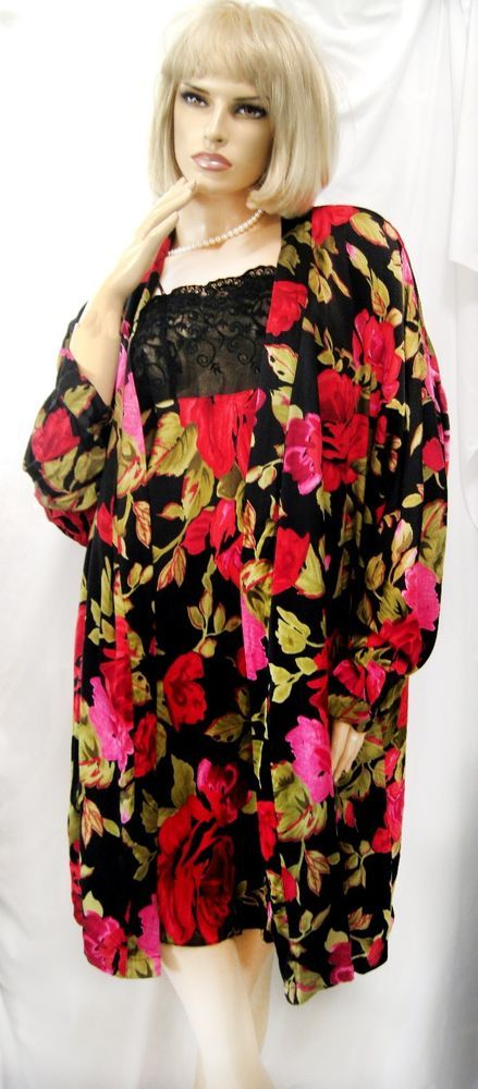 b1a458cce7 LINDA HARTMAN BLACK RED ROSE FLORAL PRINT 100% SILK CHARMEUSE ROBE   GOWN  SET-