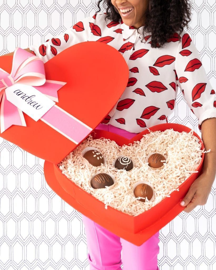 Photo of How to Make a Giant Box of Chocolates for Valentine's Day – …