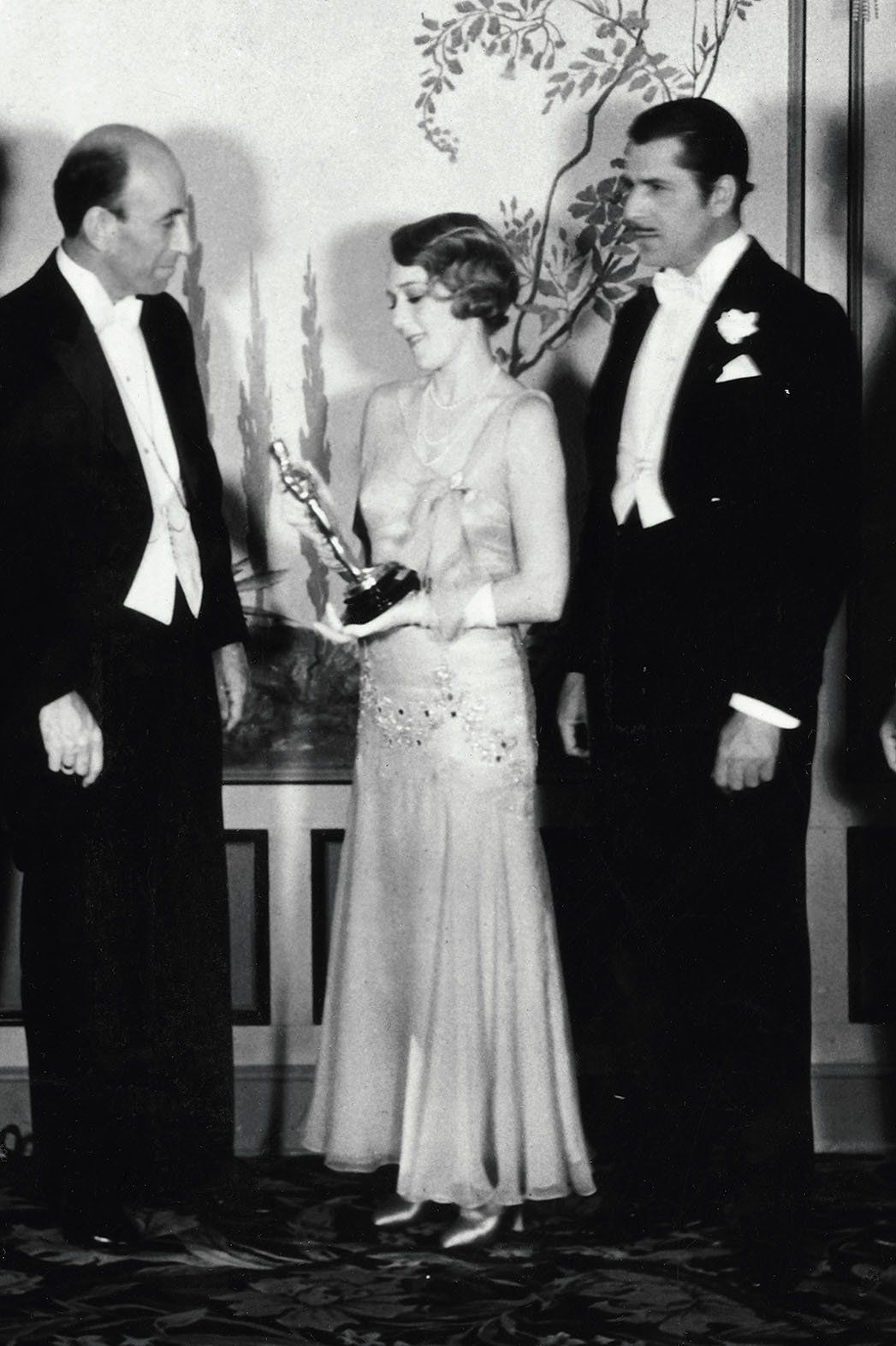 Mary Pickford 1930 Fashion 1920s 1930s Pinterest Mary Pickford Mary And Red Carpet Fashion