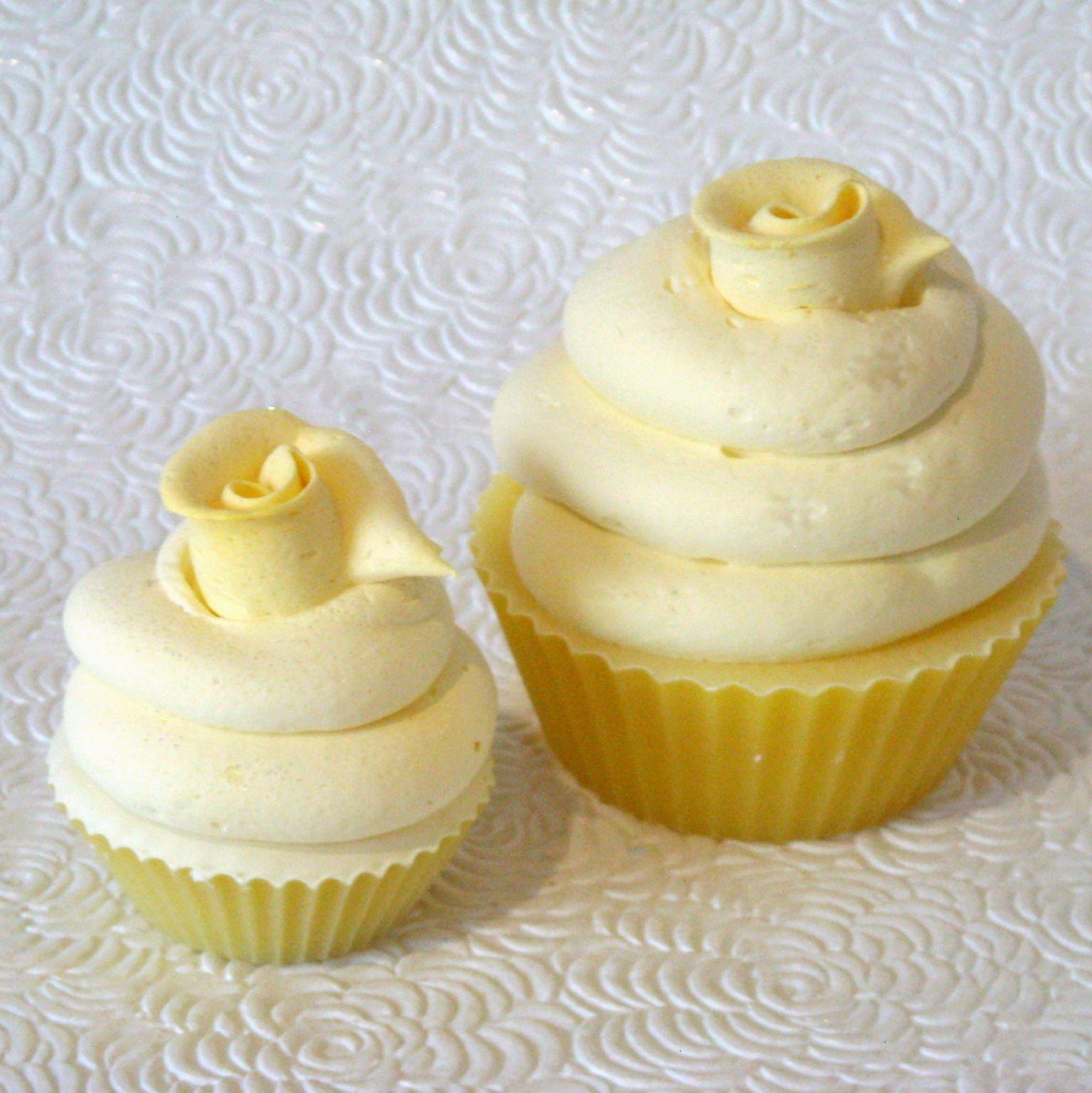 Cupcake Soap Mini-Yellow--Riverlea Soap (mit Bildern)