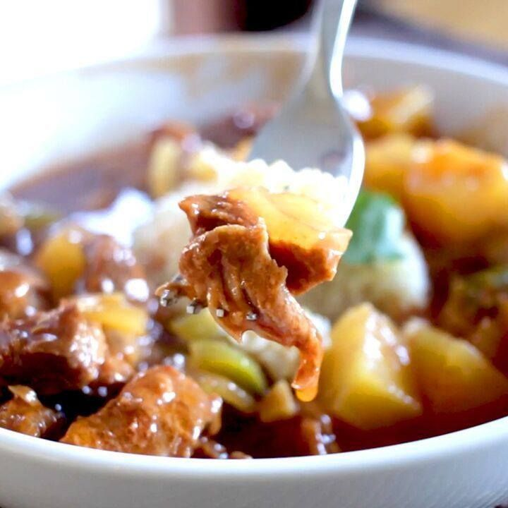 Slow Cooker Sweet And Sour Pork LIKE Cooking Panda for more delicious videos!!!!