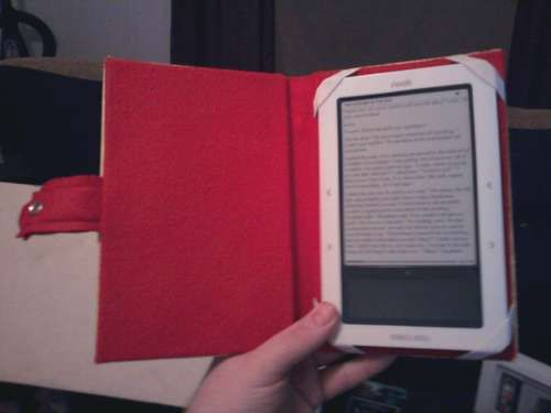 DIY Kindle Cover | Fun Things to Do with Old Books! | Kindle