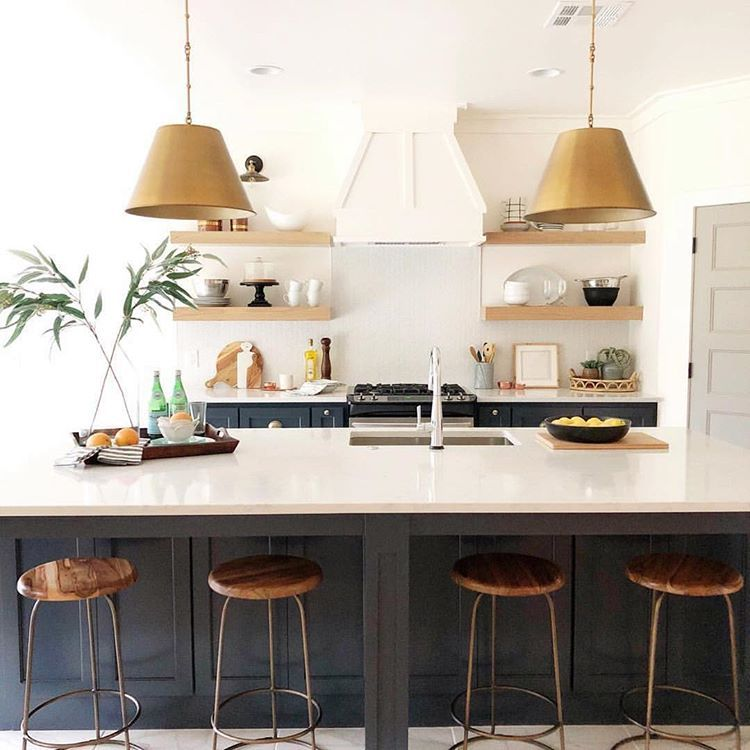 This Stunner Brought To You By The Uber Talented Kelseyleighdesignco And Mcgregorhomes See How They Have Effortlessly Interior Moderne Kokkener Drommekokken