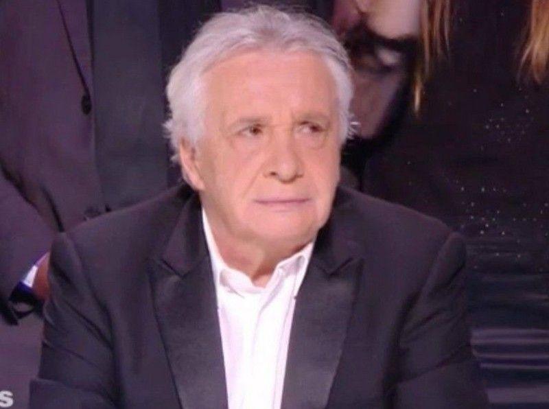 Michel Sardou Son Annonce Etonnante Et Son Tacle Aux Gilets Jaunes Public Michel Sardou Sardou Michel