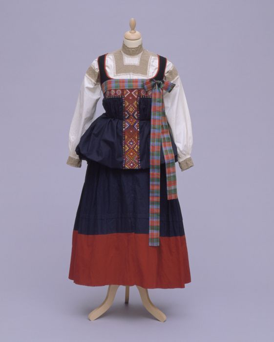 womens costume from italy piedmont fobello costumes