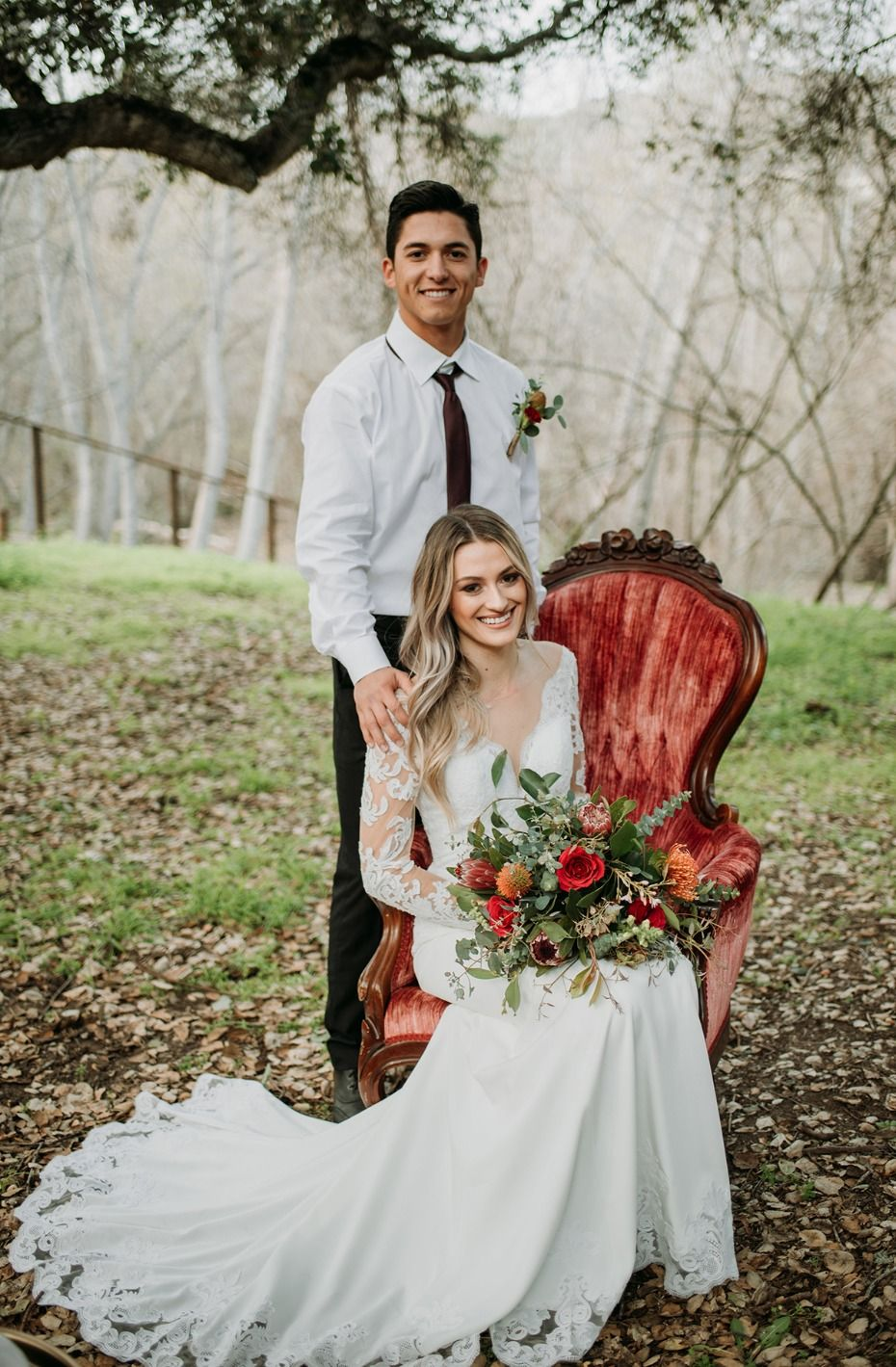 How a few hard working elements can make your boho wedding lyra