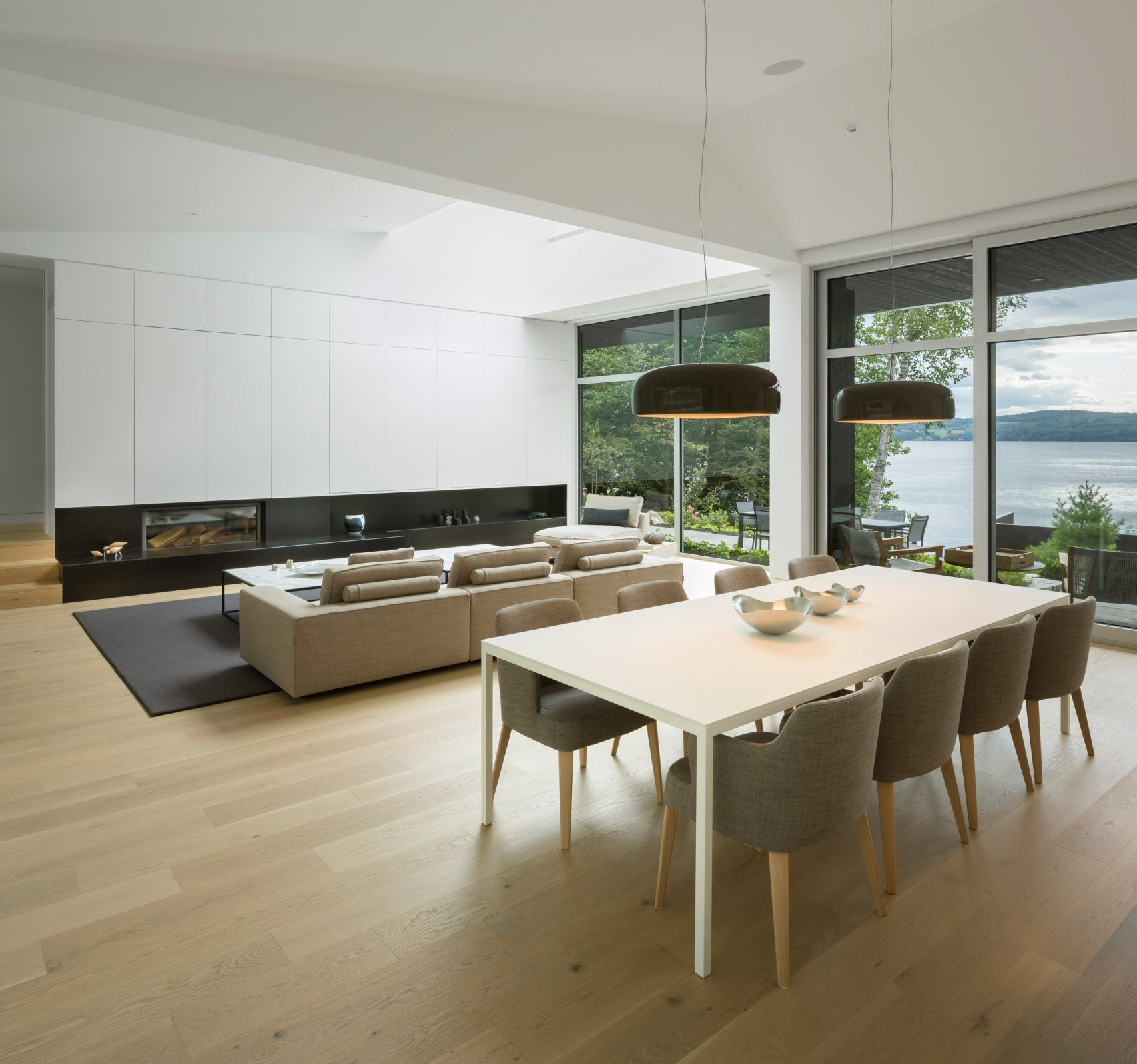 https://www.curbed.com/2018/1/18/16904800/modern-lakehouse-montreal-mu-architecture?utm_medium=email&utm_campaign=Curbed%20Dotcom%2001182018&utm_content=Curbed%20Dotcom%2001182018+CID_4b09b6a979e9a32304df0aecb0606999&utm_source=cm_email&utm_term=Insert%20alt%20text%20here