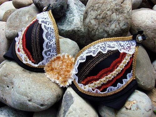NWT-32A-Decorated-Handmade-Costume-Festival-EDC-Rave-Bra-Top-Black-Gold-Lace