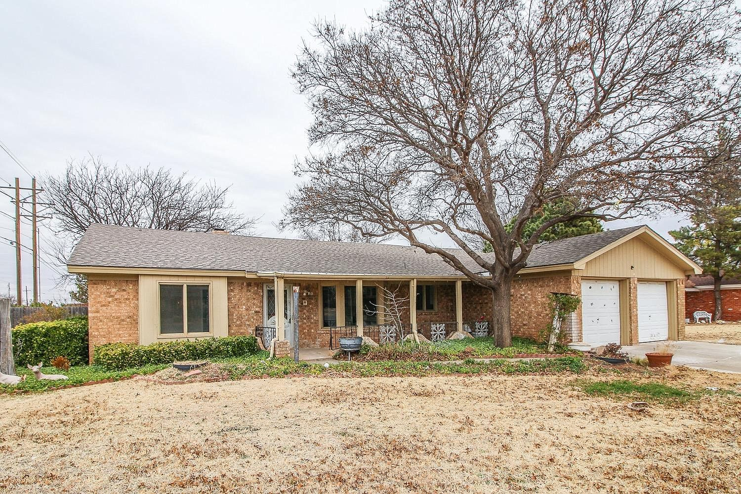 3316 76th St, Lubbock, TX 79423 in 2020 | Carpet dining ...