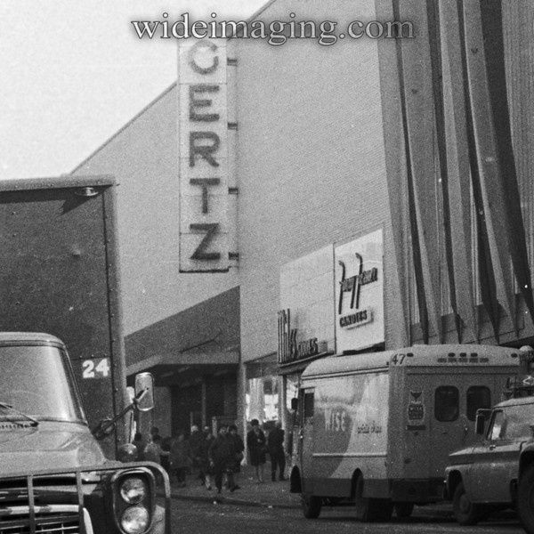 Gertz Department Store On Jamaica Ave Queens 1960