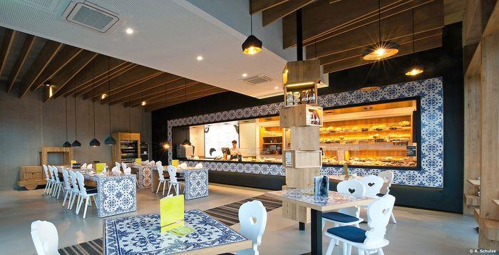 B ckerei treiber restaurant bar design award 9586. Interesting ...