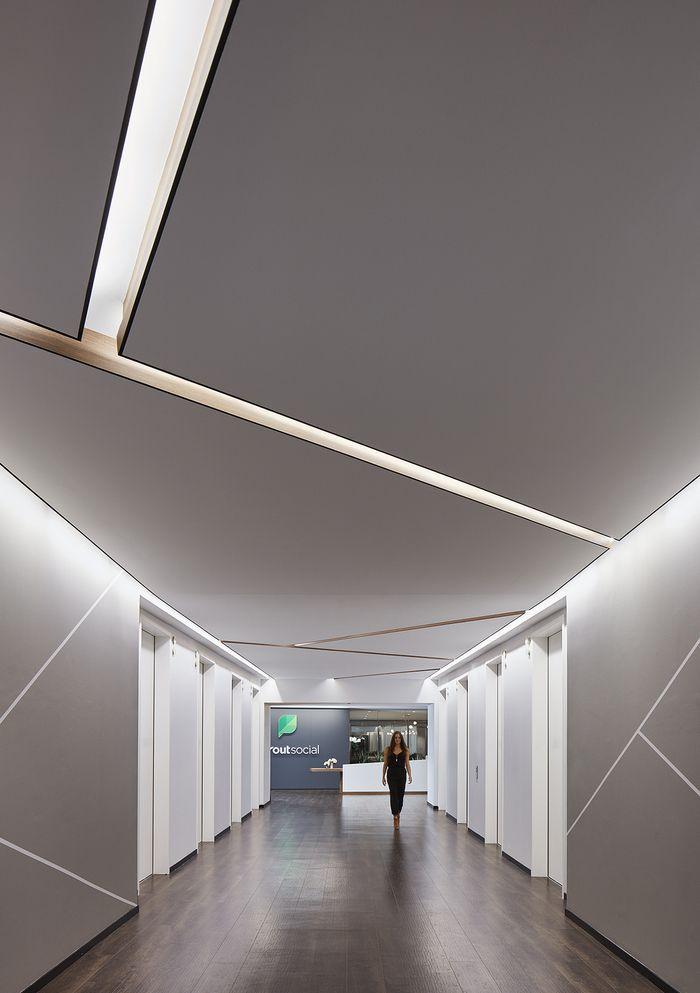 Corridor Design: Sprout Social Offices