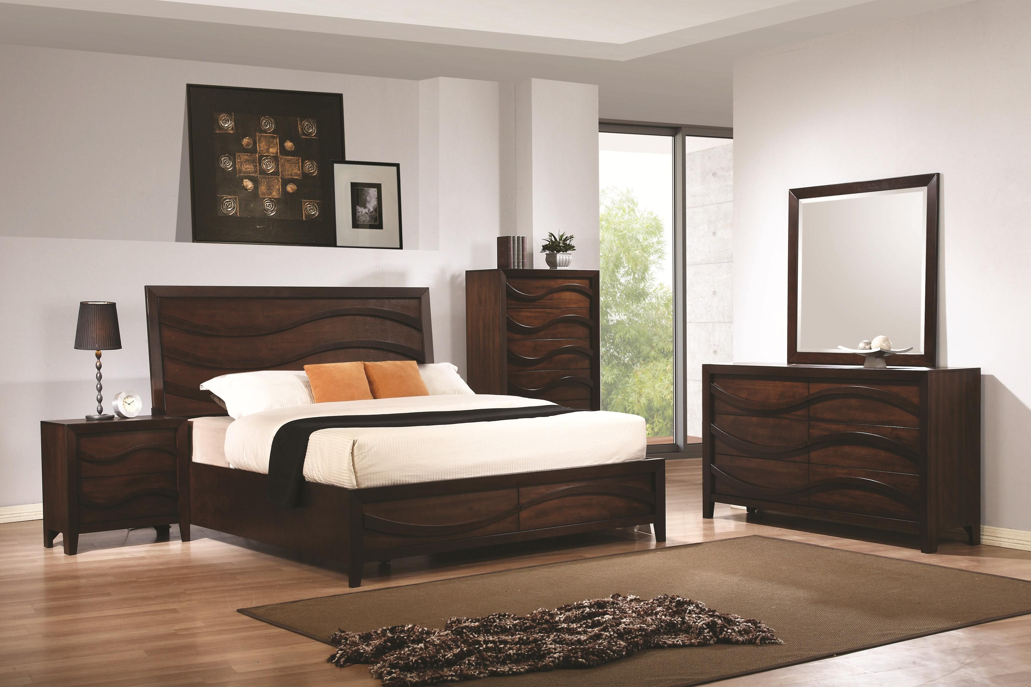 Coaster Loncar King Bed with Wave Moulding Underground Furniture