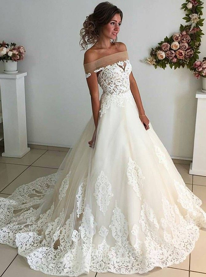 2018 Bridal Dress would probably look awful on me but it\'s so pretty ...