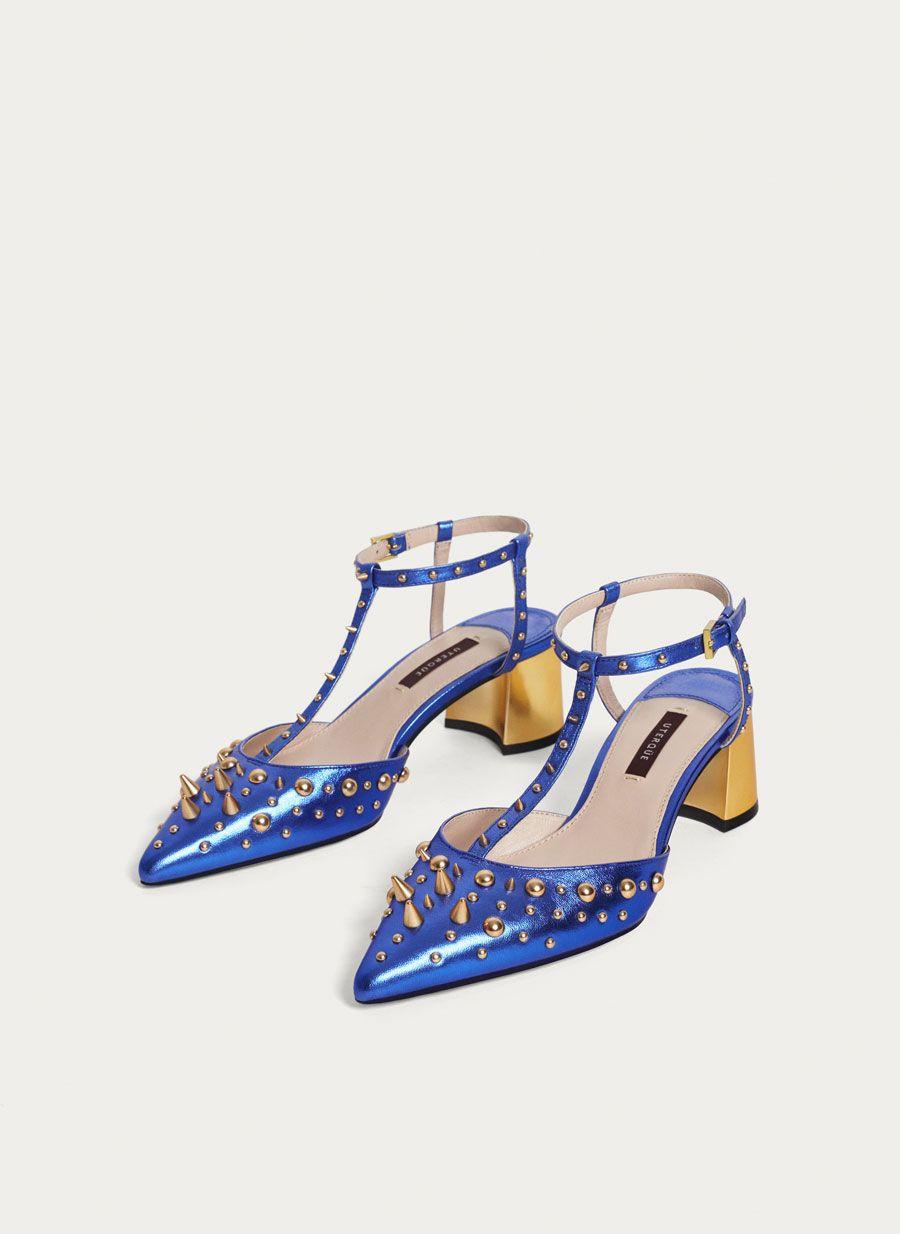 290e83f5 Destalonado tachas azul - Zapatos tacón medio - Calzado - Uterqüe España
