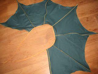 Sew Natural Blog: Project: drakenvleugels-cape. Dragon wings cape sewing tutorial.