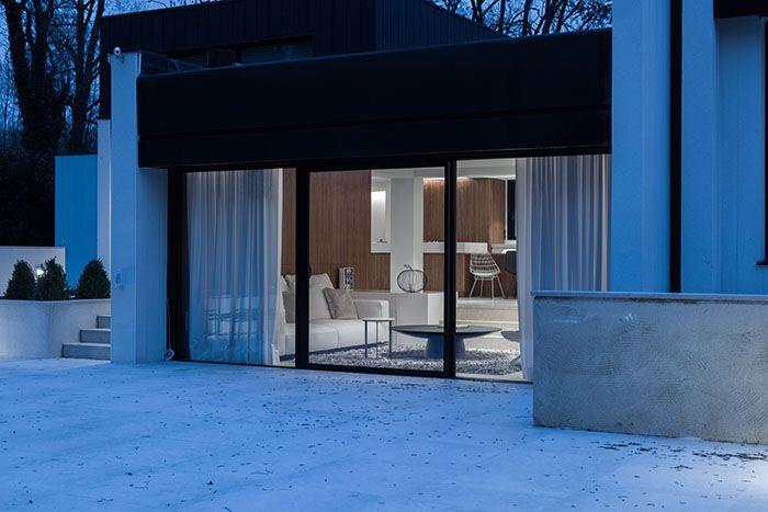 Interieur Maison Modern : Maison moderne design contemporain façade de nuit architecte