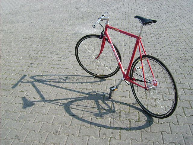basso'n shadow by Jolly in the sky, via Flickr