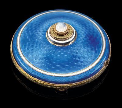 FABERGÉ - A bell button,