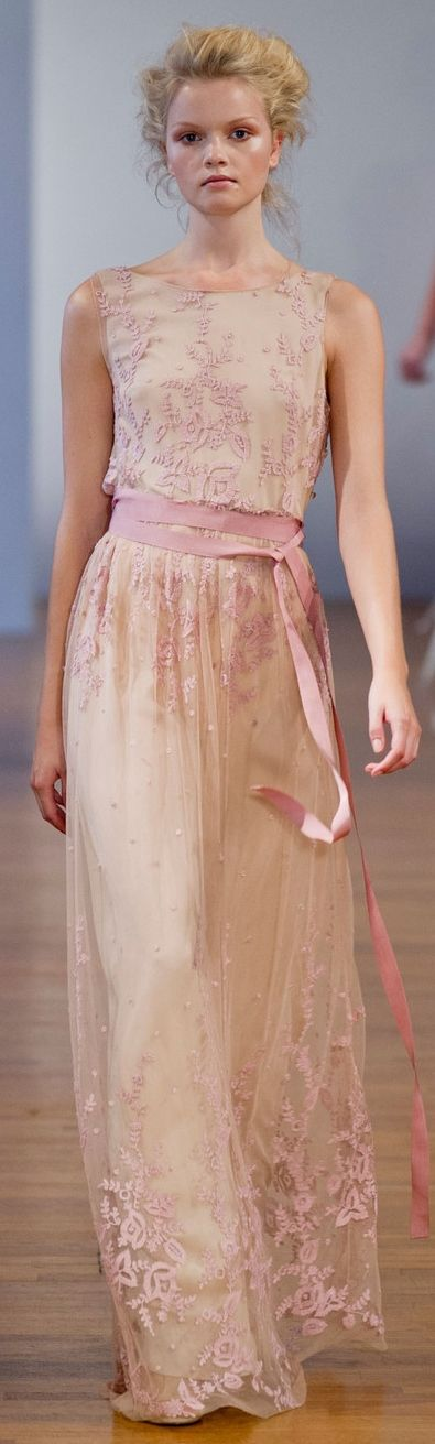 Collette Dinnigan at PFW Spring 2014 rosa palido