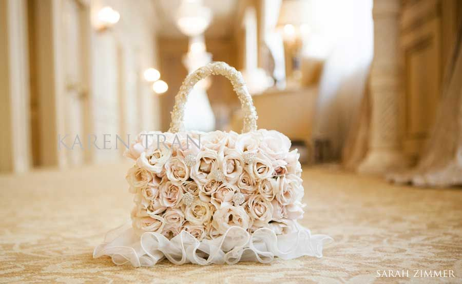 fresh-flower-hand-bag.jpg 900×554 píxeles