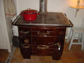 cuisiniere a bois ancienne ustensiles de cuisine pinterest. Black Bedroom Furniture Sets. Home Design Ideas
