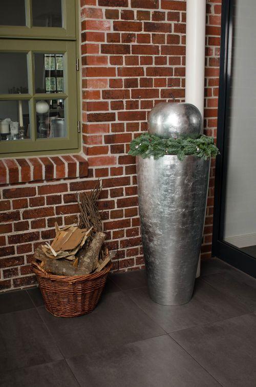 Pflanzkübel Fiberglas Silber Hochglanz für Weihnachten geschmückt ...
