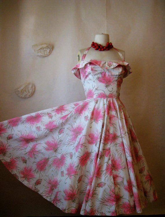 vintage 1950s dress. 50s pink full skirt print halter dress garden tea party.