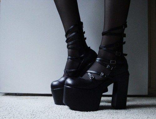 586b1dd07be4 high heels gothic pastel goth Goth girl demonia nu goth gothic ...