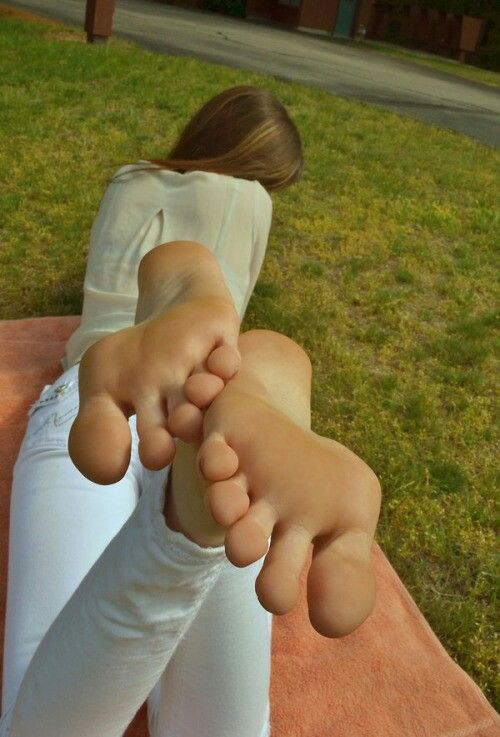 ass Sexy soles and